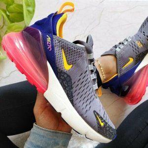 NEW Nike Air Max 270 Sneakers